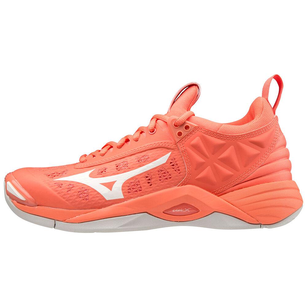 Wave Momentum Nb shoes   netball
