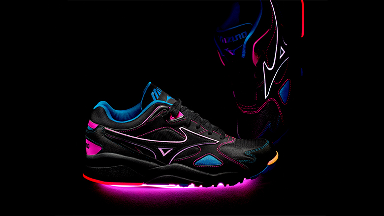 Mizuno Sportstyle Lights