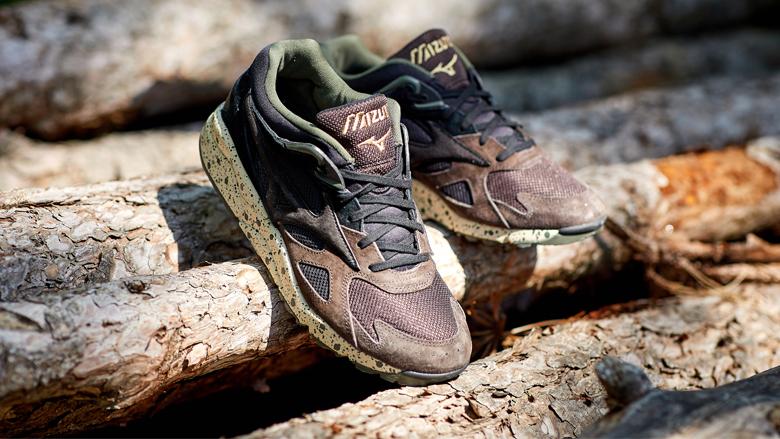 Mizuno Wild Nordic shoes