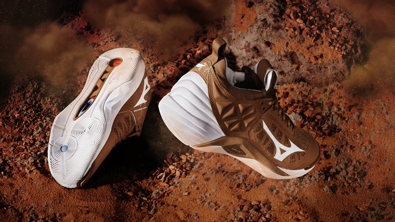 Wave Momentum Volleyball Shoes