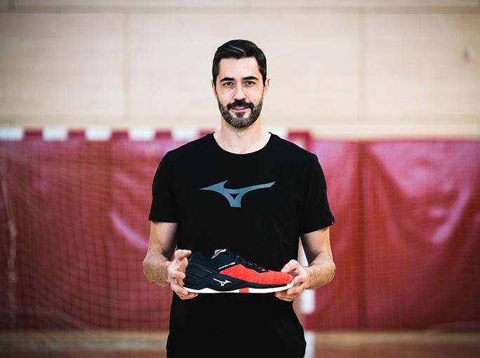 Raúl Entrerríos jugó el Mundial de balonmano con las Wave Stealth Neo